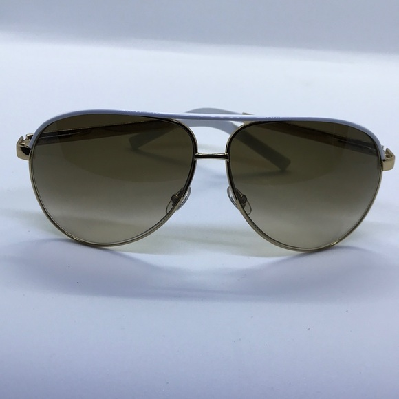 193a8f00af9 Gucci Other - Gucci Aviators White   Gold